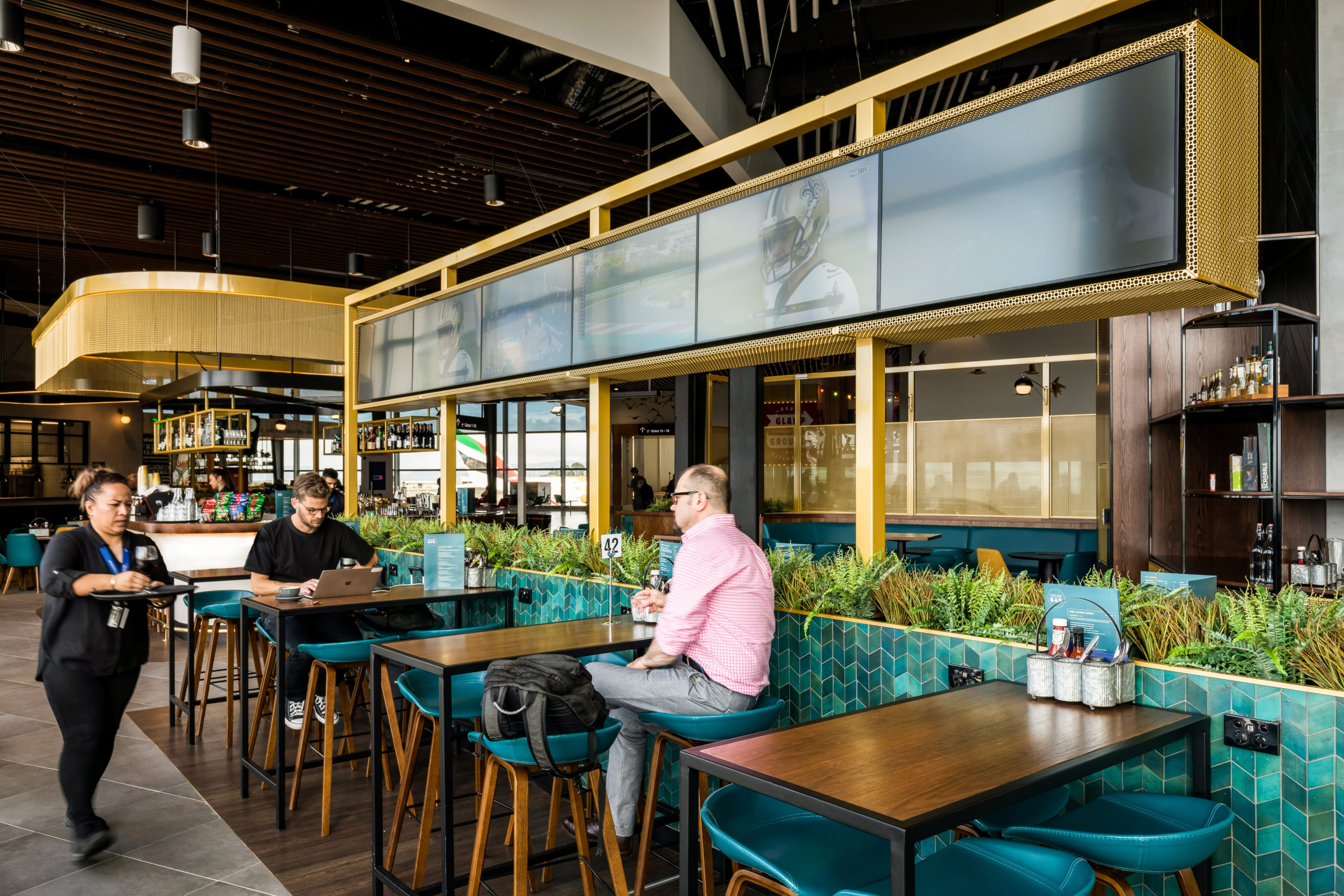 Raising the Bar in Travel F&B Design